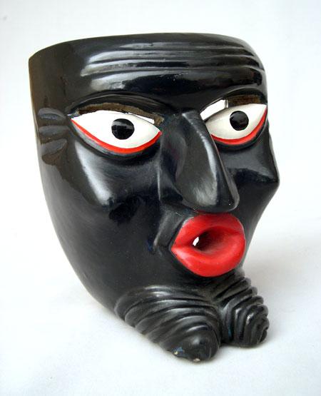 Маски в коллекции музея антропологии