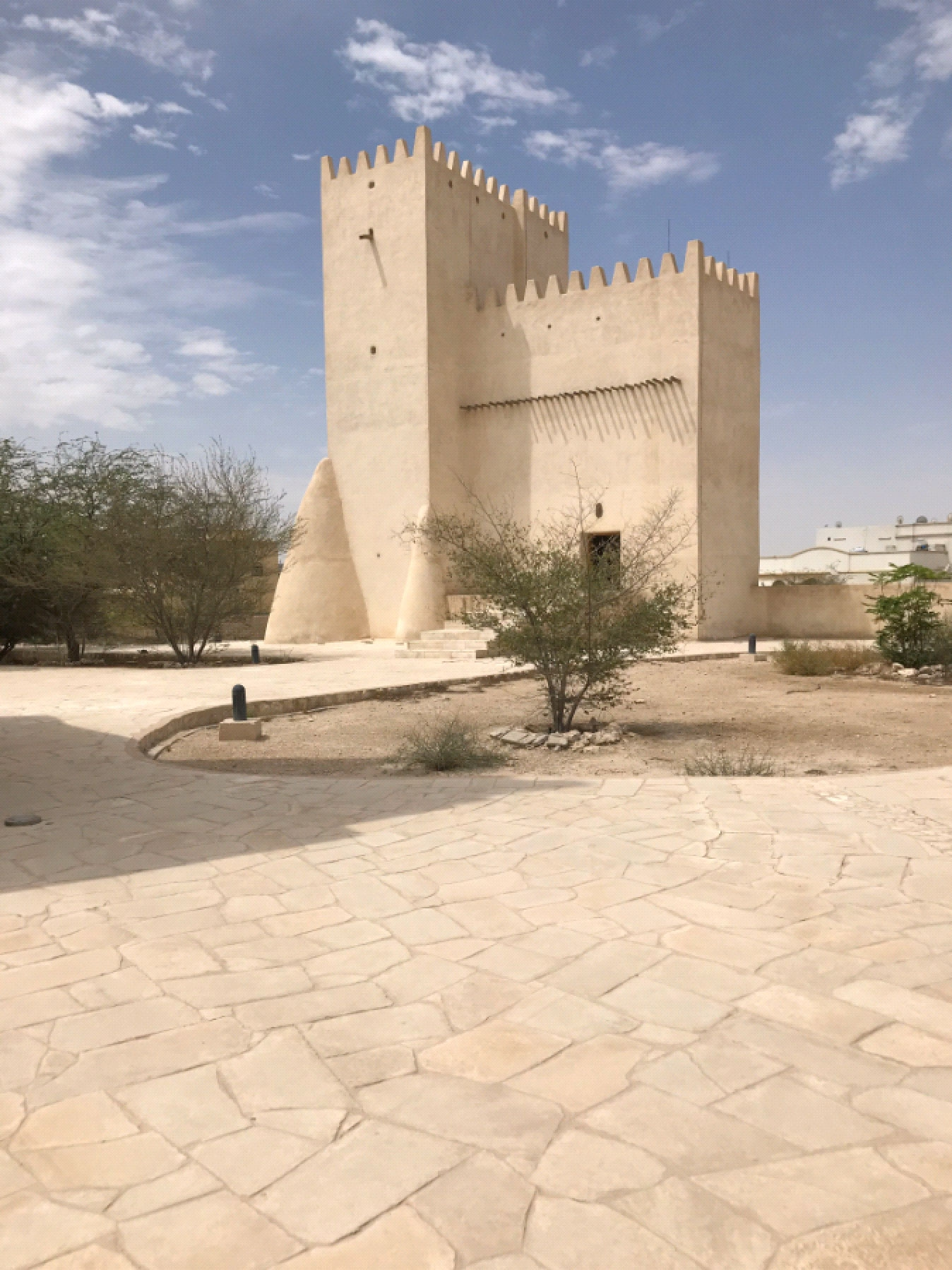 """Research Trip to Qatar Following the Project """"The Material World of"""